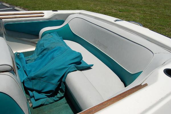 1988 Supreme boat for sale, model of the boat is 19 & Image # 10 of 12