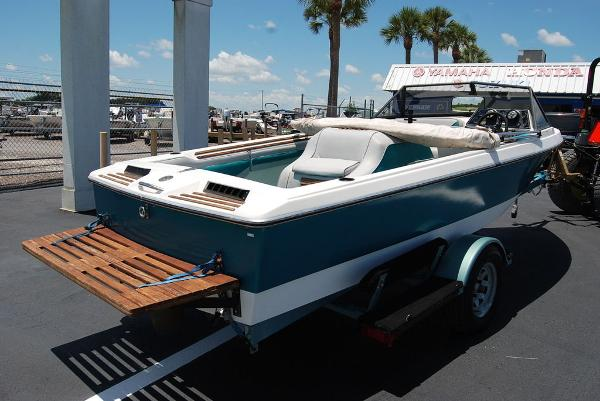 1988 Supreme boat for sale, model of the boat is 19 & Image # 12 of 12