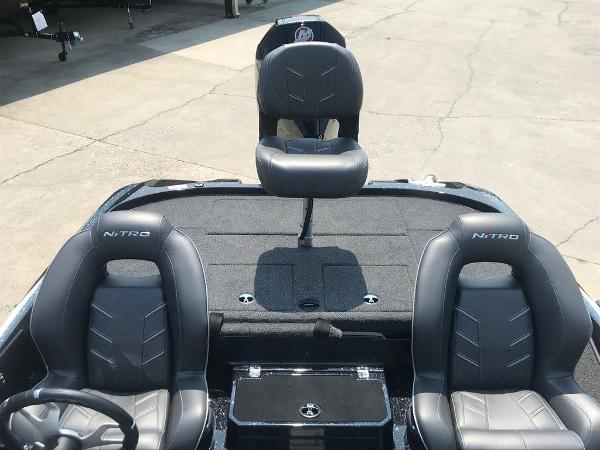 2022 Nitro boat for sale, model of the boat is Z20 Pro & Image # 11 of 12
