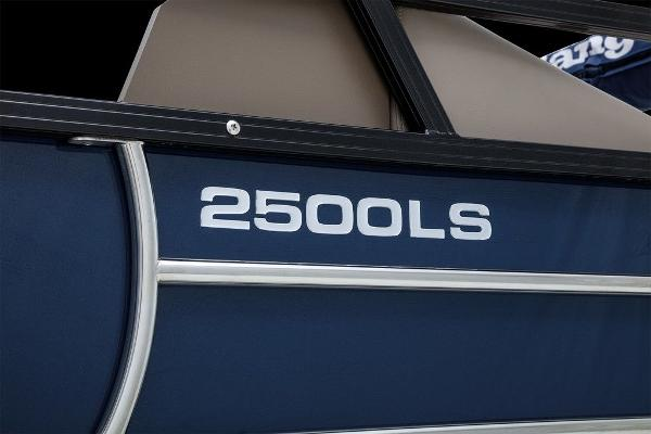2021 Ranger Boats boat for sale, model of the boat is 2500LS & Image # 7 of 35