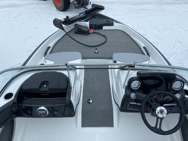2021 Nitro boat for sale, model of the boat is Z19 Sport & Image # 4 of 13
