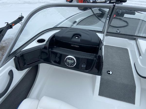 2021 Nitro boat for sale, model of the boat is Z19 Sport & Image # 7 of 13