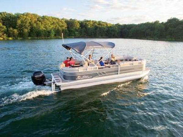 2020 Sun Tracker boat for sale, model of the boat is PARTY BARGE® 24 DLX & Image # 1 of 1