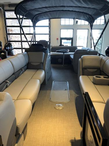 2021 Regency boat for sale, model of the boat is 250 DL3 & Image # 2 of 80