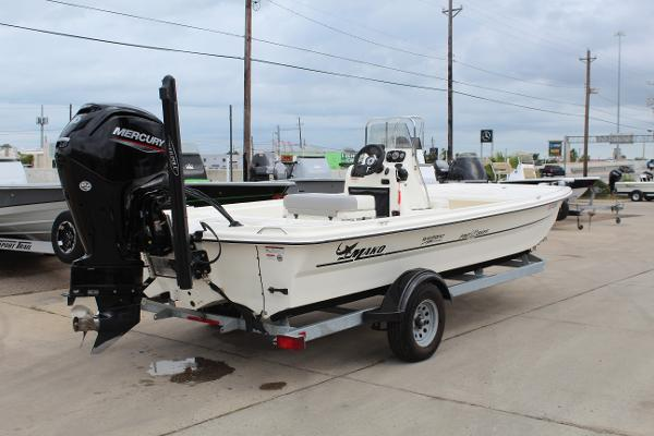 2020 Mako boat for sale, model of the boat is Pro Skiff 19 & Image # 5 of 15