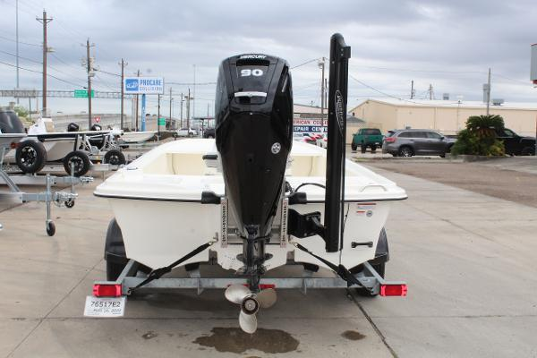 2020 Mako boat for sale, model of the boat is Pro Skiff 19 & Image # 6 of 15
