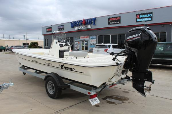 2020 Mako boat for sale, model of the boat is Pro Skiff 19 & Image # 7 of 15