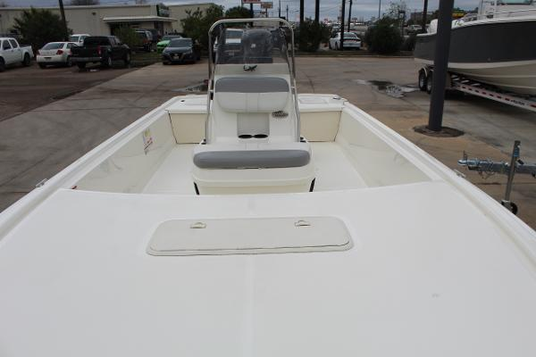 2020 Mako boat for sale, model of the boat is Pro Skiff 19 & Image # 9 of 15