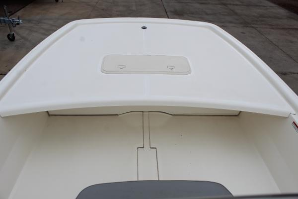 2020 Mako boat for sale, model of the boat is Pro Skiff 19 & Image # 14 of 15
