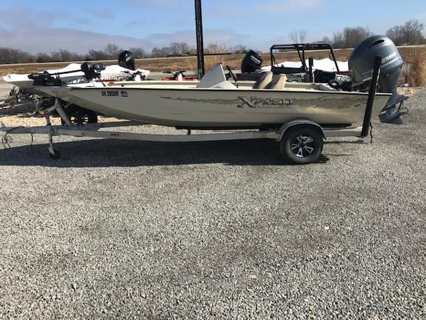 2019 Xpress boat for sale, model of the boat is X19 Pro & Image # 19 of 19