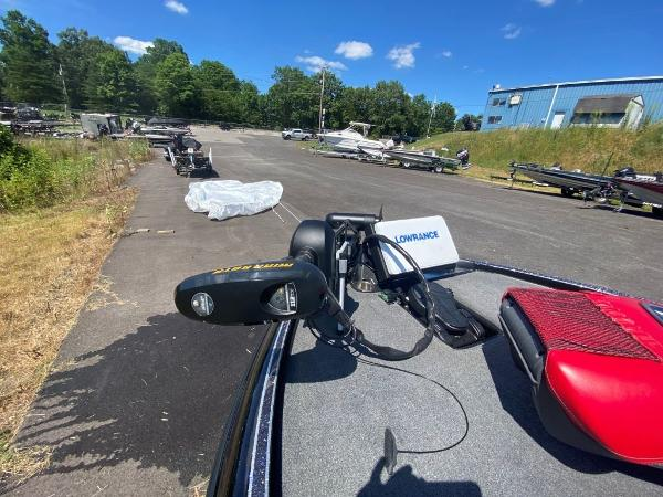 2017 Tracker Boats boat for sale, model of the boat is 21 TRX Anniversary & Image # 8 of 13