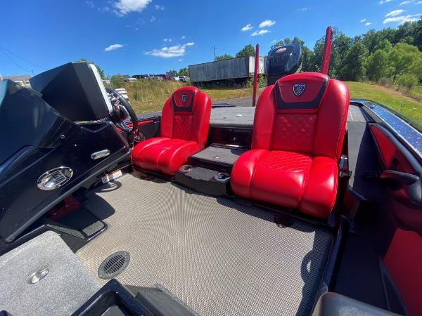 2017 Tracker Boats boat for sale, model of the boat is 21 TRX Anniversary & Image # 9 of 13