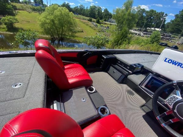 2017 Tracker Boats boat for sale, model of the boat is 21 TRX Anniversary & Image # 12 of 13
