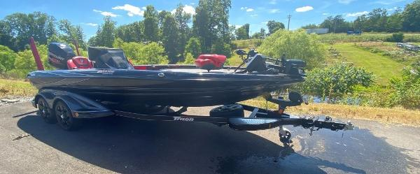2017 TRACKER BOATS 21 TRX ANNIVERSARY for sale