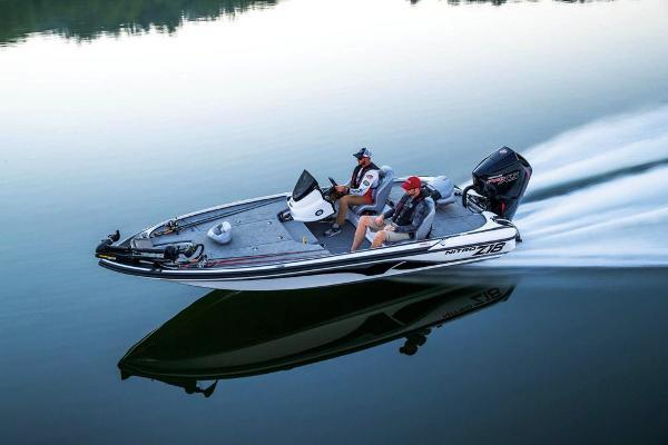 2019 Nitro boat for sale, model of the boat is Z18 & Image # 10 of 58
