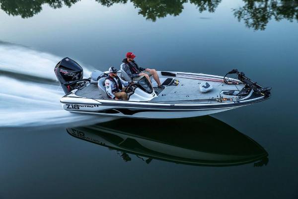 2019 Nitro boat for sale, model of the boat is Z18 & Image # 12 of 58