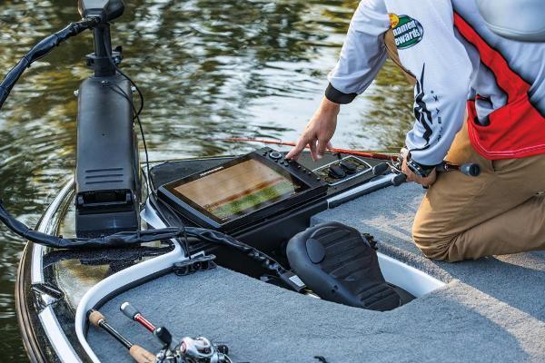 2019 Nitro boat for sale, model of the boat is Z18 & Image # 17 of 58