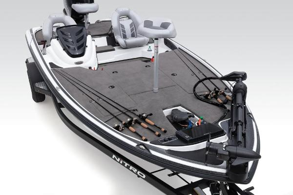 2019 Nitro boat for sale, model of the boat is Z18 & Image # 26 of 58