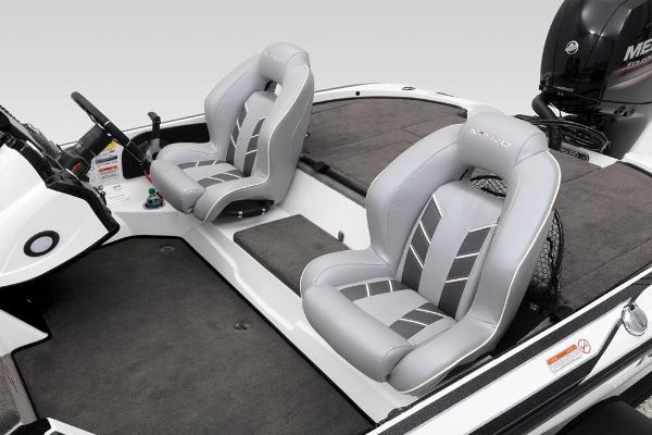 2019 Nitro boat for sale, model of the boat is Z18 & Image # 36 of 58