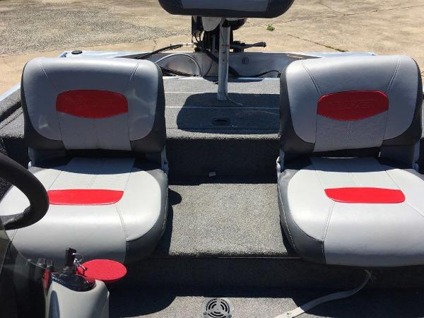 2014 Tracker Boats boat for sale, model of the boat is Pro 170 & Image # 2 of 11
