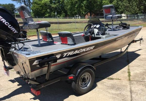 2014 Tracker Boats boat for sale, model of the boat is Pro 170 & Image # 7 of 11
