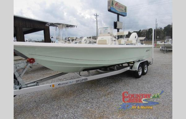 2020 Bulls Bay boat for sale, model of the boat is 2200 & Image # 2 of 5