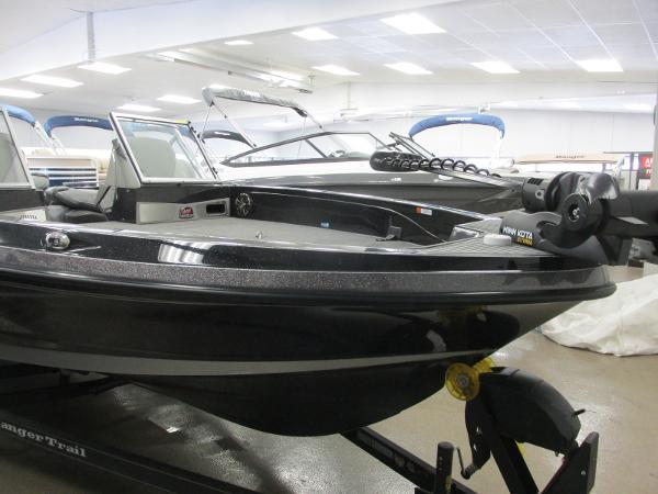 2020 Ranger Boats boat for sale, model of the boat is 622FS Pro & Image # 4 of 49