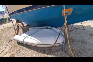 Island Packet 350 video