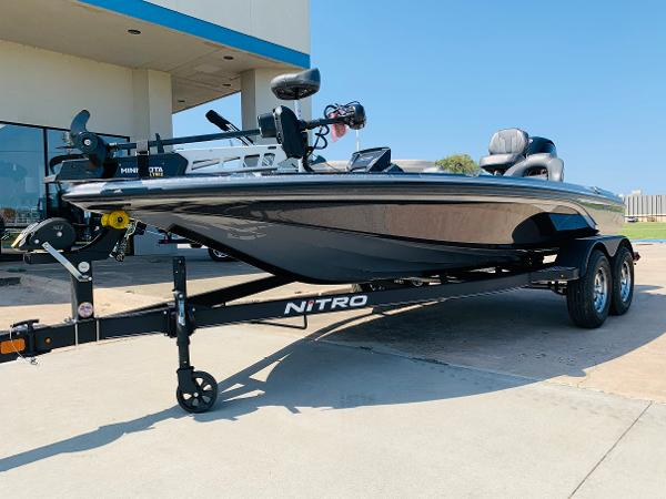 2021 Nitro boat for sale, model of the boat is Z18 Pro & Image # 2 of 33