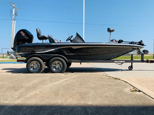 2021 Nitro boat for sale, model of the boat is Z18 Pro & Image # 4 of 33