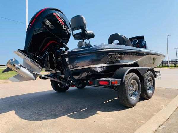 2021 Nitro boat for sale, model of the boat is Z18 Pro & Image # 5 of 33