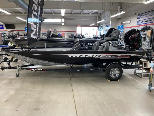 2021 Tracker Boats boat for sale, model of the boat is Pro Team 195 TXW & Image # 1 of 4