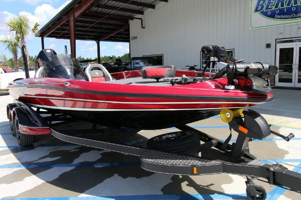 2020 Triton boat for sale, model of the boat is 20 TRX & Image # 3 of 64