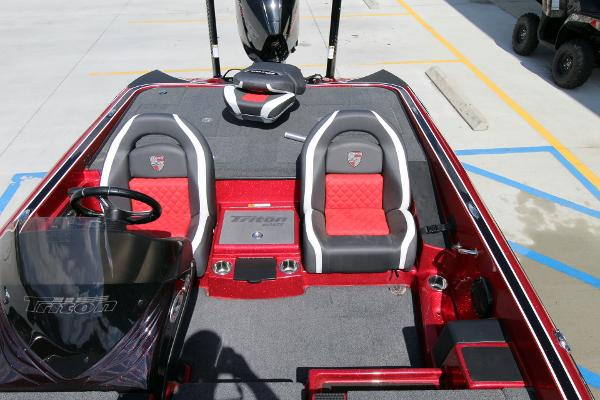 2020 Triton boat for sale, model of the boat is 20 TRX & Image # 18 of 64