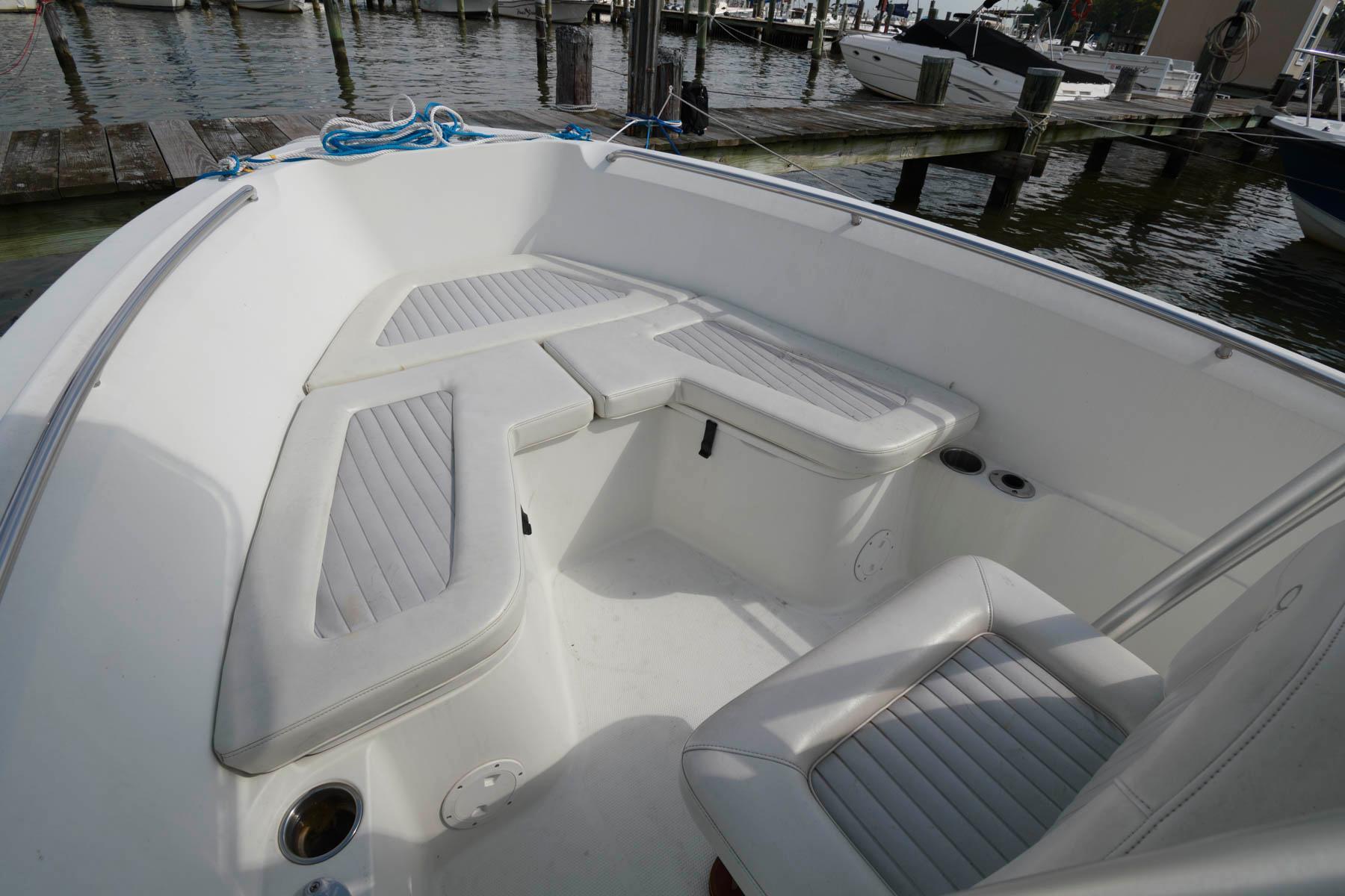 M 6553 JB Knot 10 Yacht Sales