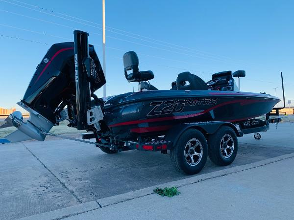 2021 Nitro boat for sale, model of the boat is Z20 Pro & Image # 5 of 40