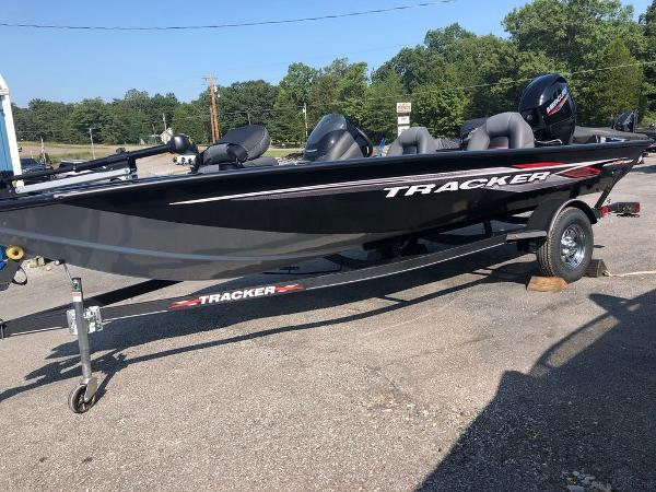 2021 Tracker Boats boat for sale, model of the boat is Pro Team 175 TXW® & Image # 1 of 10