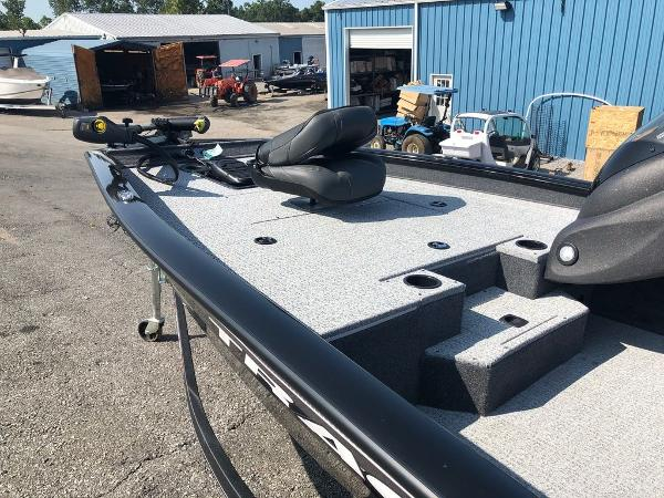 2021 Tracker Boats boat for sale, model of the boat is Pro Team 175 TXW® & Image # 9 of 10