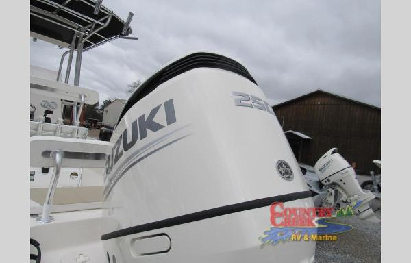 2020 Bulls Bay boat for sale, model of the boat is 2400 & Image # 4 of 13