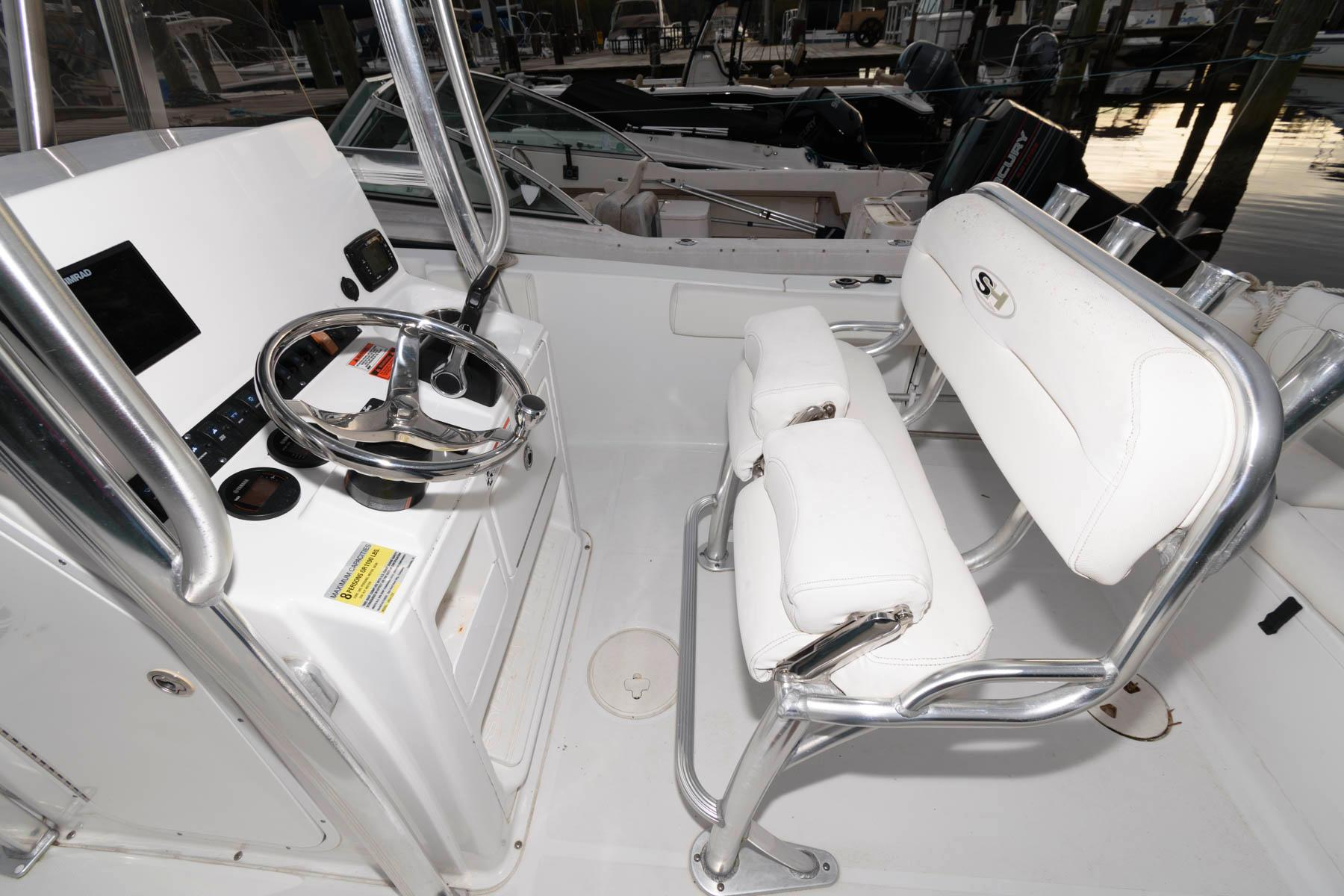 M 5827 JB Knot 10 Yacht Sales