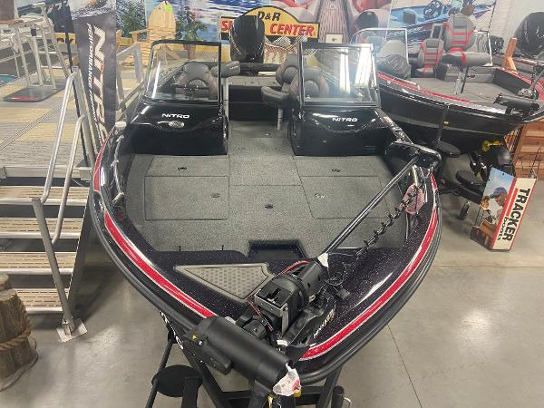 2021 Nitro boat for sale, model of the boat is ZV19 Sport Pro & Image # 2 of 24