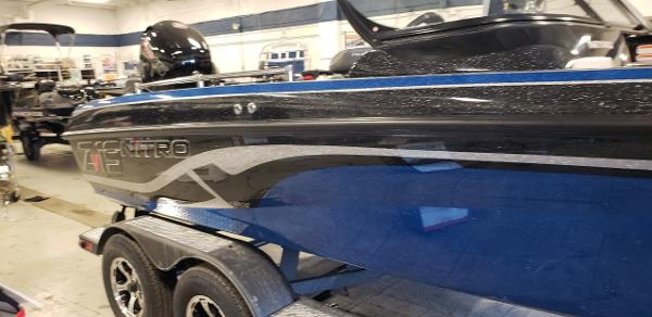 2021 Nitro boat for sale, model of the boat is ZV19 Sport & Image # 1 of 7
