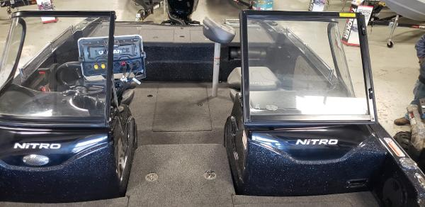 2021 Nitro boat for sale, model of the boat is ZV19 Sport & Image # 5 of 7