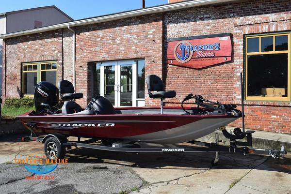 2021 Tracker Boats boat for sale, model of the boat is Pro Team 175 TXW® Tournament Ed. & Image # 2 of 41