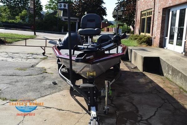 2021 Tracker Boats boat for sale, model of the boat is Pro Team 175 TXW® Tournament Ed. & Image # 6 of 41