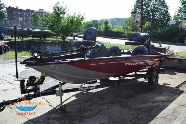 2021 Tracker Boats boat for sale, model of the boat is Pro Team 175 TXW® Tournament Ed. & Image # 8 of 41