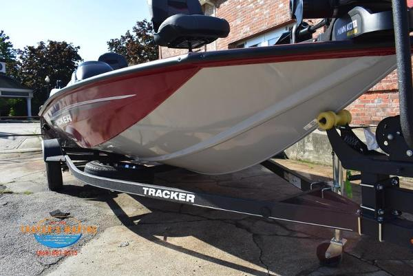 2021 Tracker Boats boat for sale, model of the boat is Pro Team 175 TXW® Tournament Ed. & Image # 39 of 41