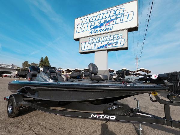 2021 Nitro boat for sale, model of the boat is Z18 & Image # 2 of 19