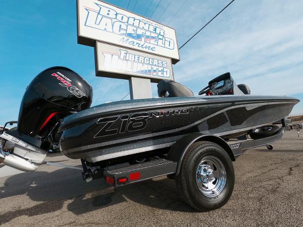 2021 Nitro boat for sale, model of the boat is Z18 & Image # 15 of 19