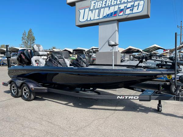 2021 Nitro boat for sale, model of the boat is Z21 Pro & Image # 5 of 20